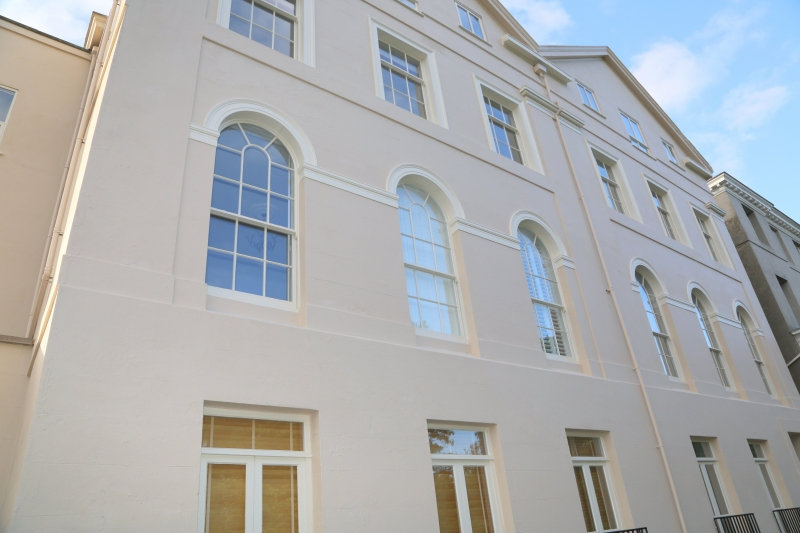01-Clifton Court. Exeter Self Catering