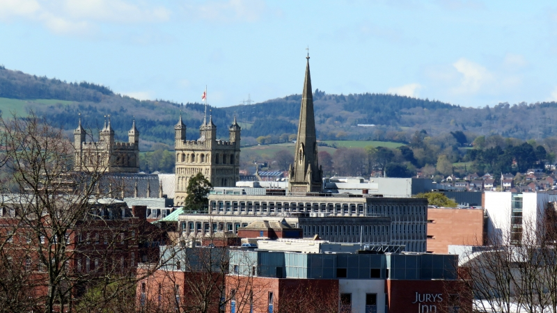 09-Exeter and the Cathedral. Exeter Self Catering
