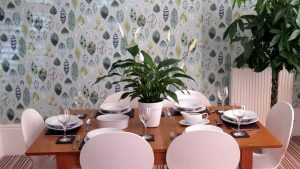 Self Catering Exeter, Dining
